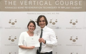 La Dra. Berta Cortés Acha completa el Advanced Bone and Soft Tissue Regeneration in Implant Dentistry